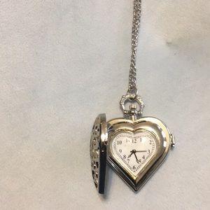 Jewelry - Heart Clock Locket